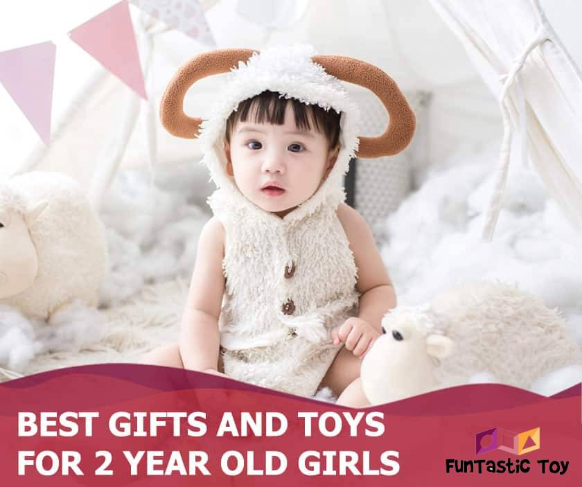 Featured image of sweet girl with soft toys