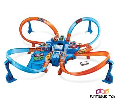 Product image of Hot Wheels Criss Cross Crash Track Set