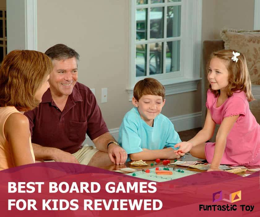 Featured image of family with children playing monopoly