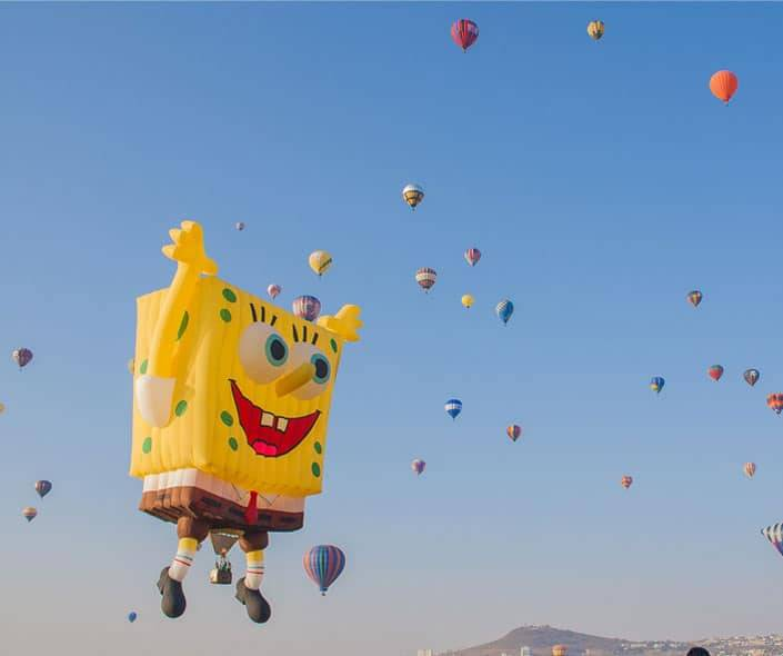 Featured image of spongebob hot air balloons flying with others